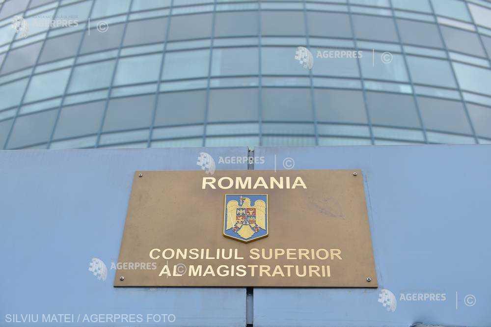 CSM respinge cererea Adinei Florea privind arestarea procurorilor Lucian Onea şi Mircea Negulescu (surse)