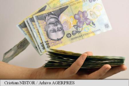 Cheltuielile gospodăriilor au reprezentat 84% din venituri, în trimestrul al doilea (INS)
