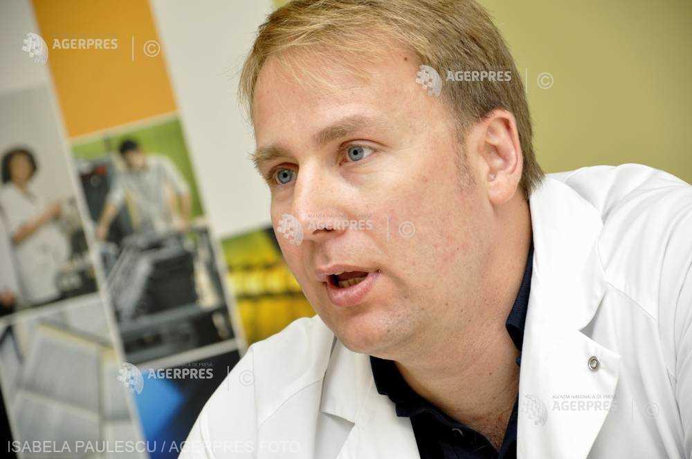 Dr Victor Costache: 85 % dintre rezidenţii români de chirurgie cardiovasculară renunţă după primul an