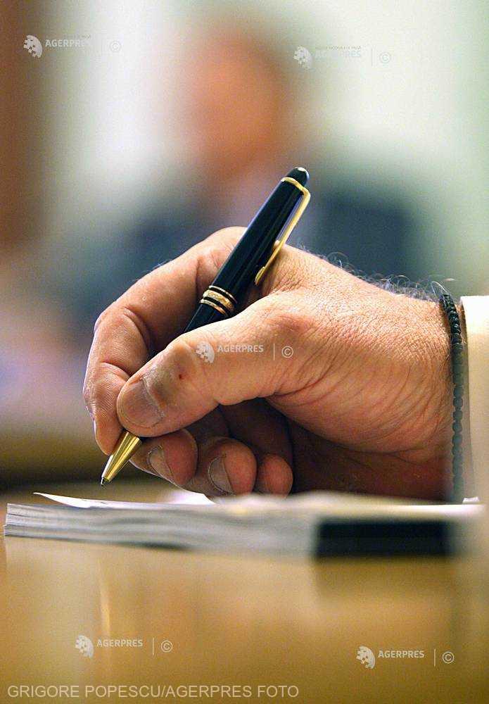APIA: Fermierii pot depune Cererile Unice de Plată până la data de 15 mai, în cadrul Campaniei 2018
