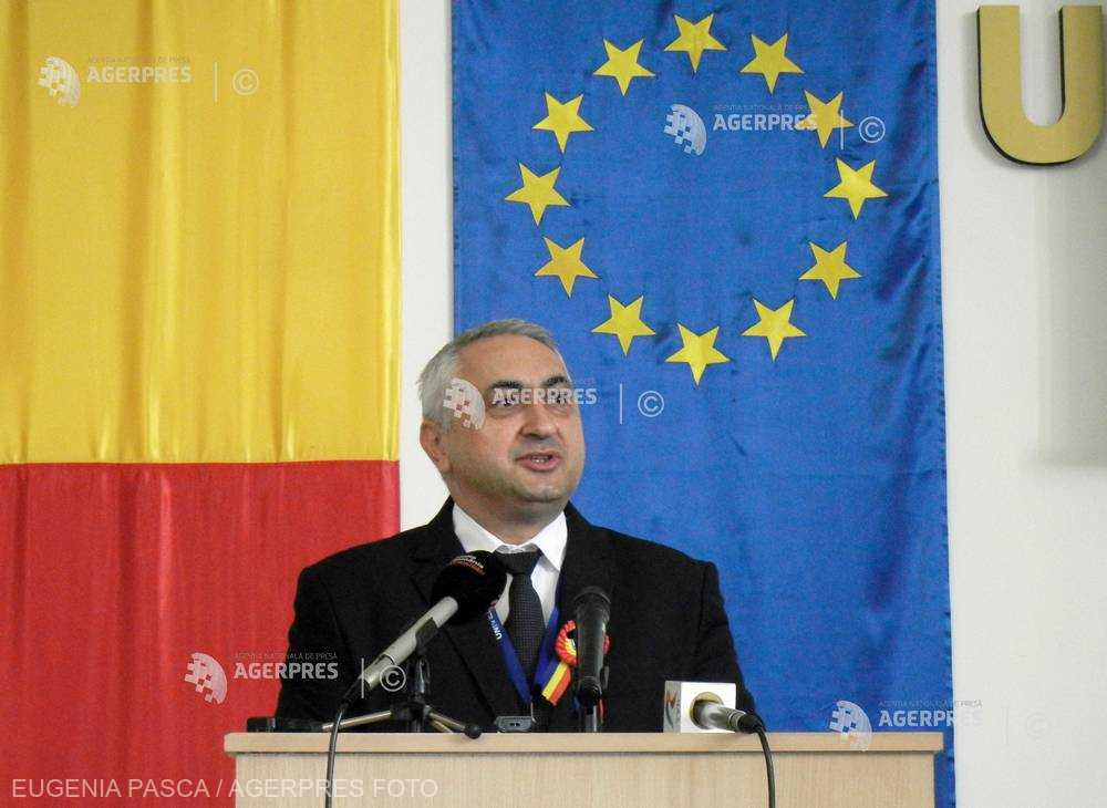Popa: Setul de standarde minimale pentru acordarea titlului de doctor - reglementat prin ordin de ministru
