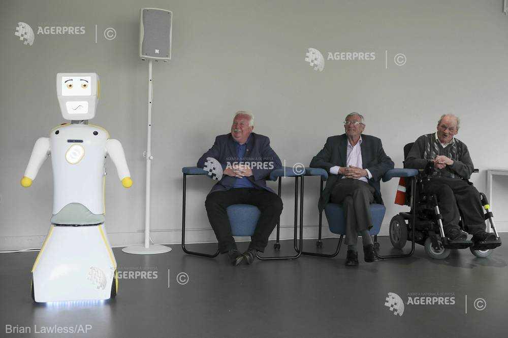 O universitate din Irlanda a dezvoltat un robot pentru combaterea singurătăţii la persoanele vârstnice