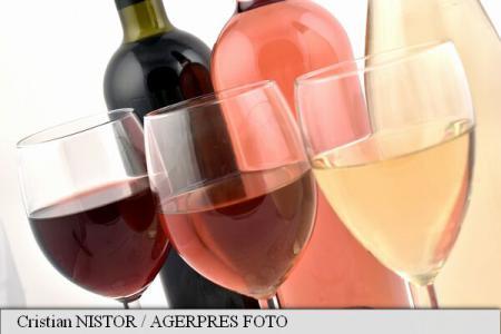 Românii au consumat anul trecut cu 5% mai multe băuturi alcoolice