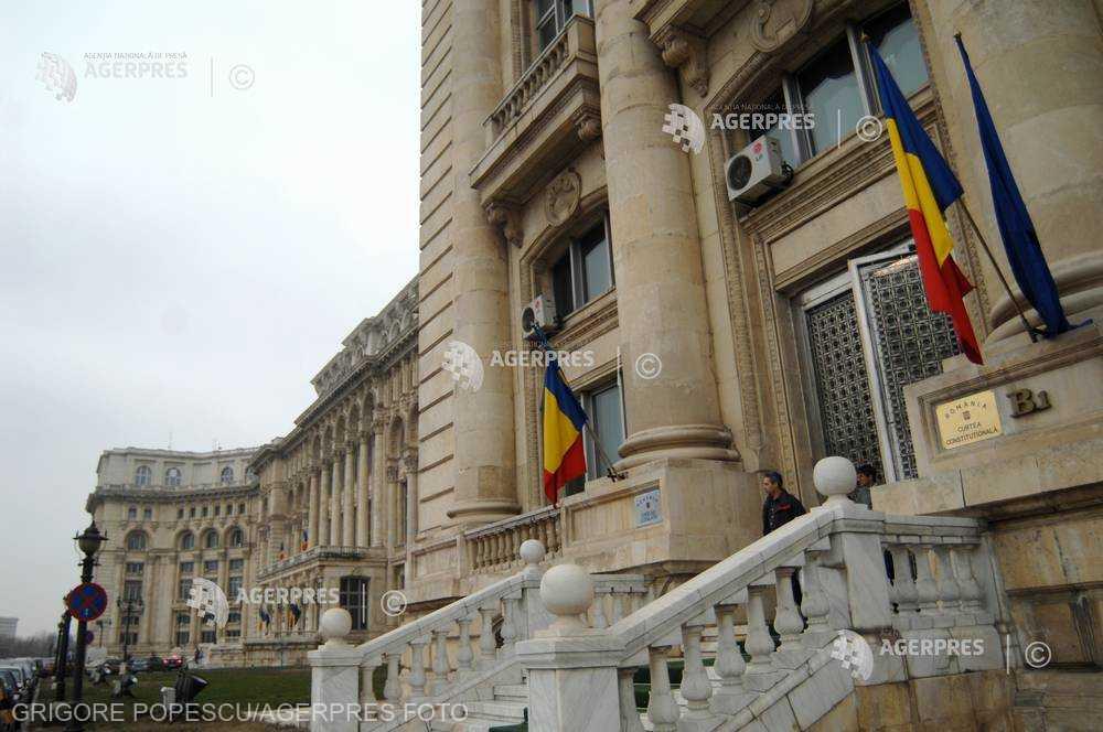 Guvernul are termen până pe 3 mai pentru a transmite CCR poziţia sa privind nerevocarea lui Kovesi