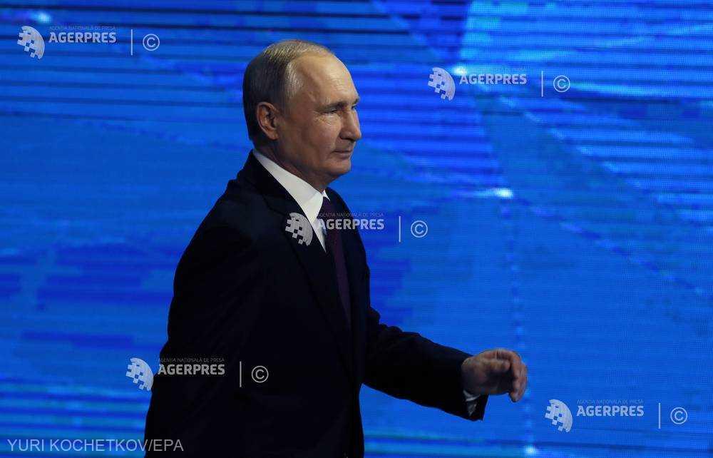 Vladimir Putin dă de înţeles că se va recăsători, la un moment dat