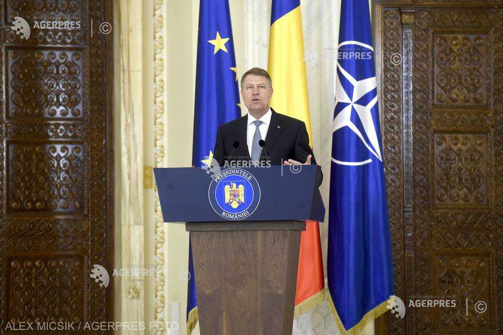 Iohannis: Nu cumva cei care vor să îngenuncheze Justiţia şi lupta anticorupţie şi-au dorit o diversiune?