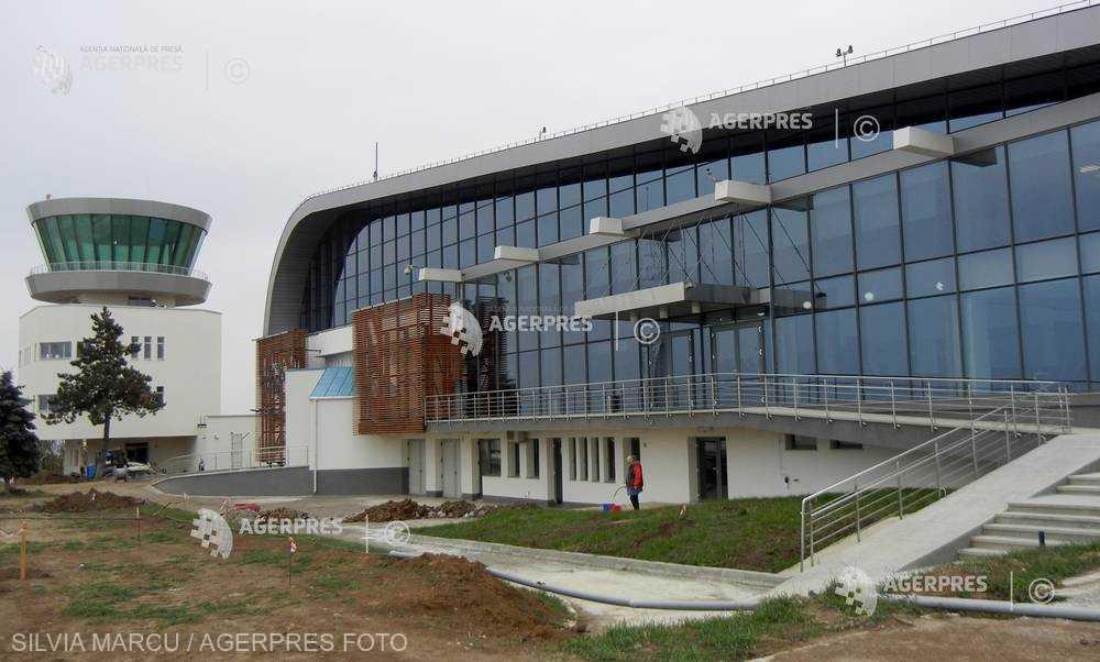 Suceava: S-a semnat contractul de extindere şi modernizare a terminalului de pasageri de la Aeroportul Suceava