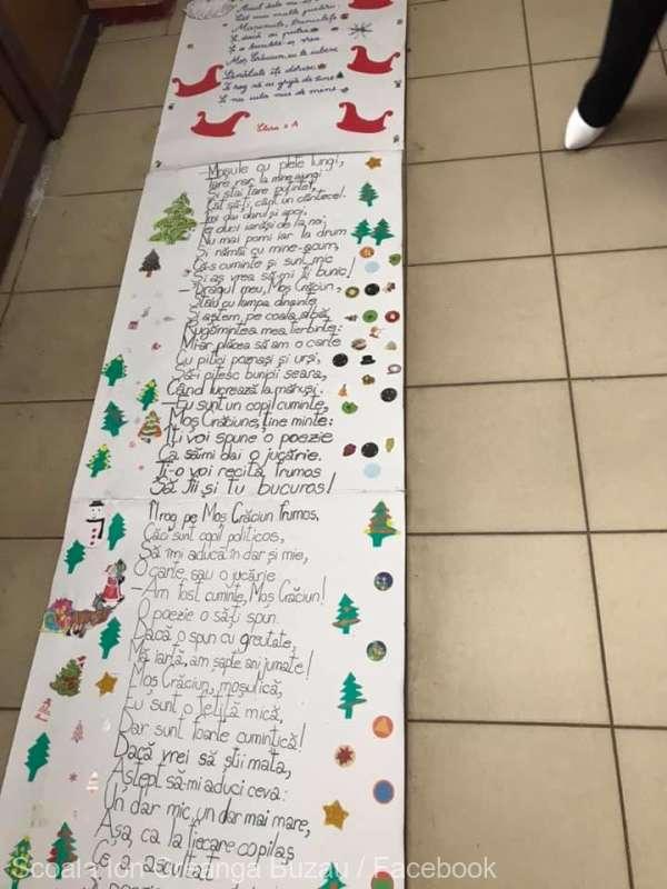 Buzău: Elevii unei şcoli gimnaziale au realizat o scrisoare de 34 de metri adresată lui Moş Crăciun