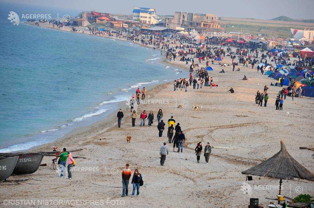 Turiştii români se mută pe litoral de 1 mai dar şi în staţiunile balneo; Bulgaria, Turcia şi Grecia rămân în topul preferinţelor