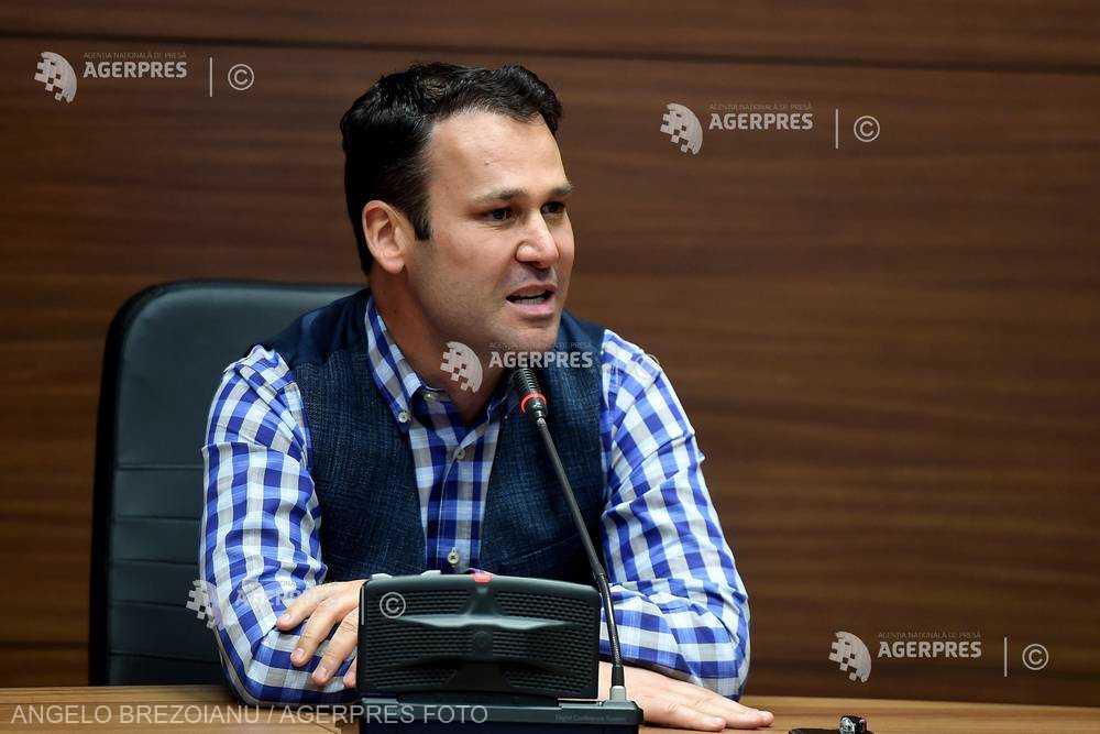 AMR solicită prim-ministrului o întâlnire de urgenţă pe tema cotelor din impozitul pe venit alocate localităţilor