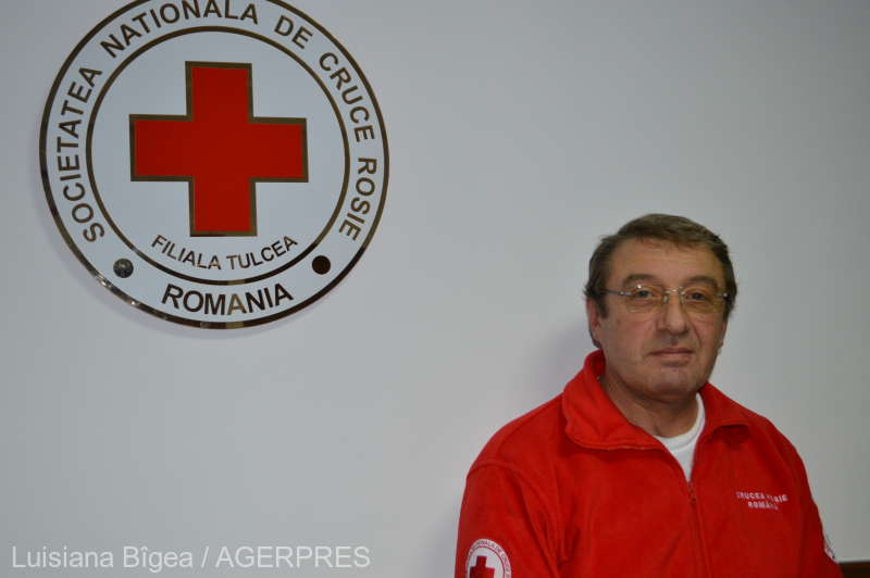 Tulcea: Un veteran al războiului din Golf, nominalizat la Gala naţională a voluntarilor Crucii Roşii Române
