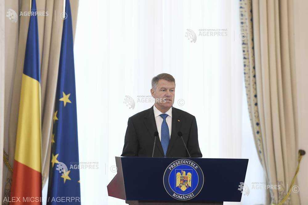 Iohannis contestă la CCR modificările la Legea privind medierea şi organizarea profesiei de mediator