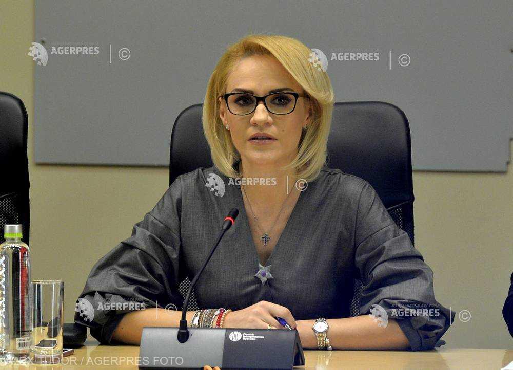 Firea: Firmele de salubrizare, sancţionate cu amenzi de 30.000 de lei pentru că nu au aplicat preventiv material antiderapant