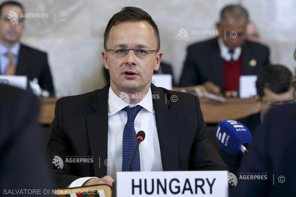 Ministrul ungar de externe: Bruxellesul trebuie împiedicat să implementeze Pactul ONU cu privire la migraţii