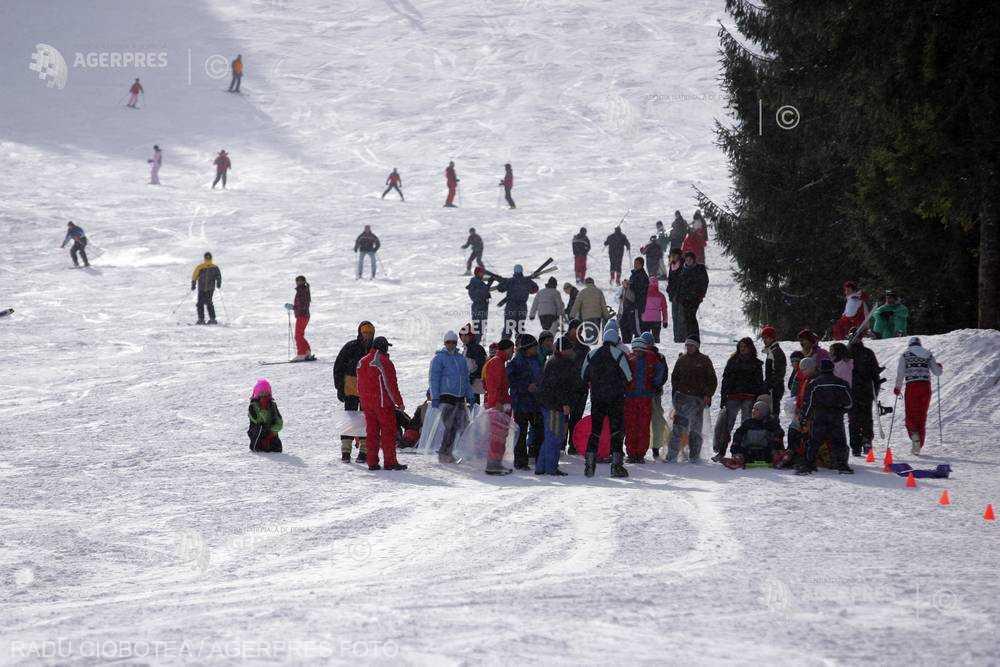 Alba: Circa 12 kilometri de pârtii, la Şureanu şi Arieşeni, cu zăpadă de peste o jumătate de metru