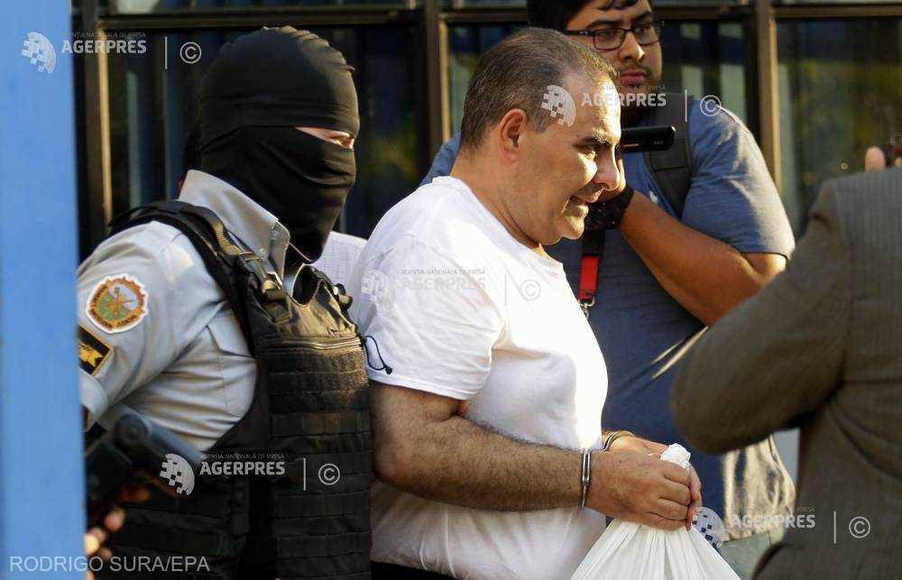 El Salvador: Fostul preşedinte Antonio Saca, condamnat la doi ani de închisoare pentru dare de mită