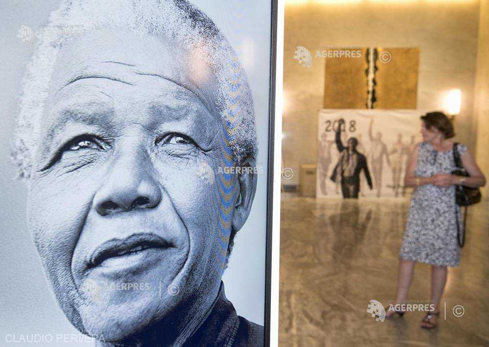 DOCUMENTAR: Nelson Mandela, 100 de ani de la naştere