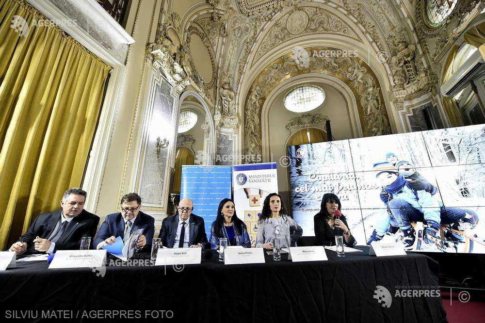 Campanie de promovare a vaccinării, lansată; Pieter Bult (UNICEF): Vaccinurile sunt sigure şi eficiente