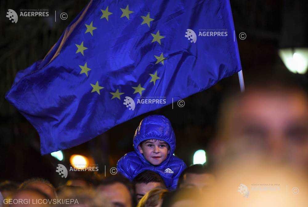 120 de intelectuali şi oameni politici - apel pentru transformarea în profunzime a instituţiilor şi politicilor europene