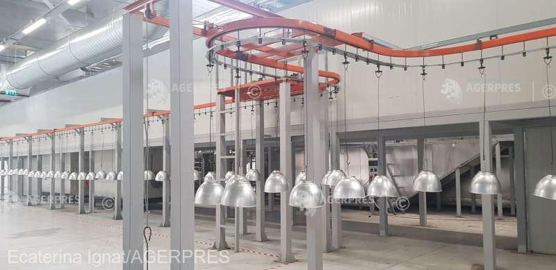 Brăila: Investiţie de 17 milioane de euro într-o fabrică de corpuri de iluminat pentru multinaţionale; 130 de persoane angajate
