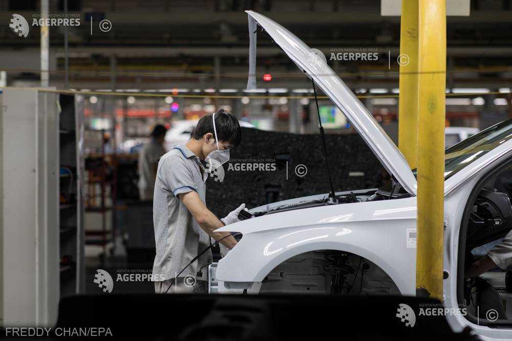Vânzările auto pe piaţa din China vor creşte lent în 2019 (CAAM)