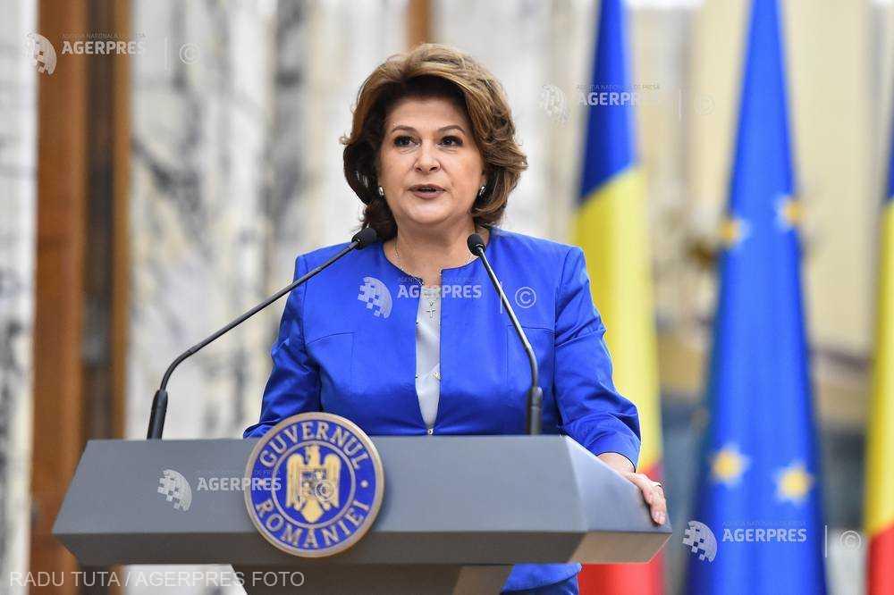 Rovana Plumb - desemnată ministru interimar al Educaţiei