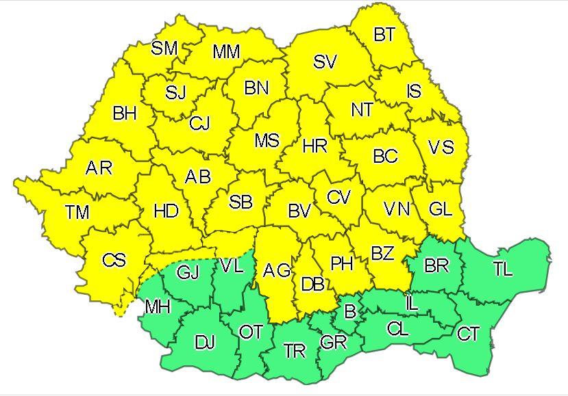 Cod galben de instabilitate atmosferică în 32 de judeţe, până marţi dimineaţa