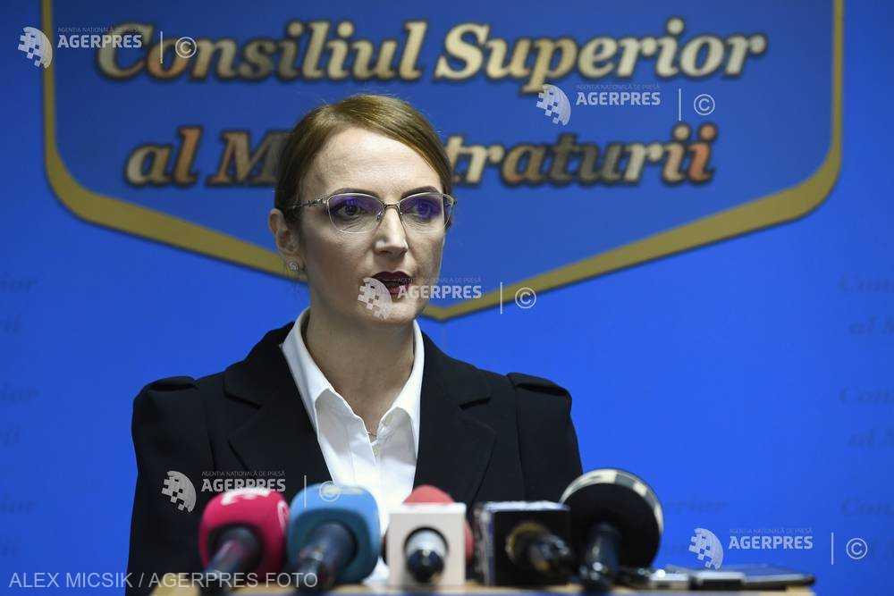 Savonea, noul şef al CSM: Trebuie să rezolvăm problemele cu limitele libertăţii de exprimare şi cu încălcări ale legii