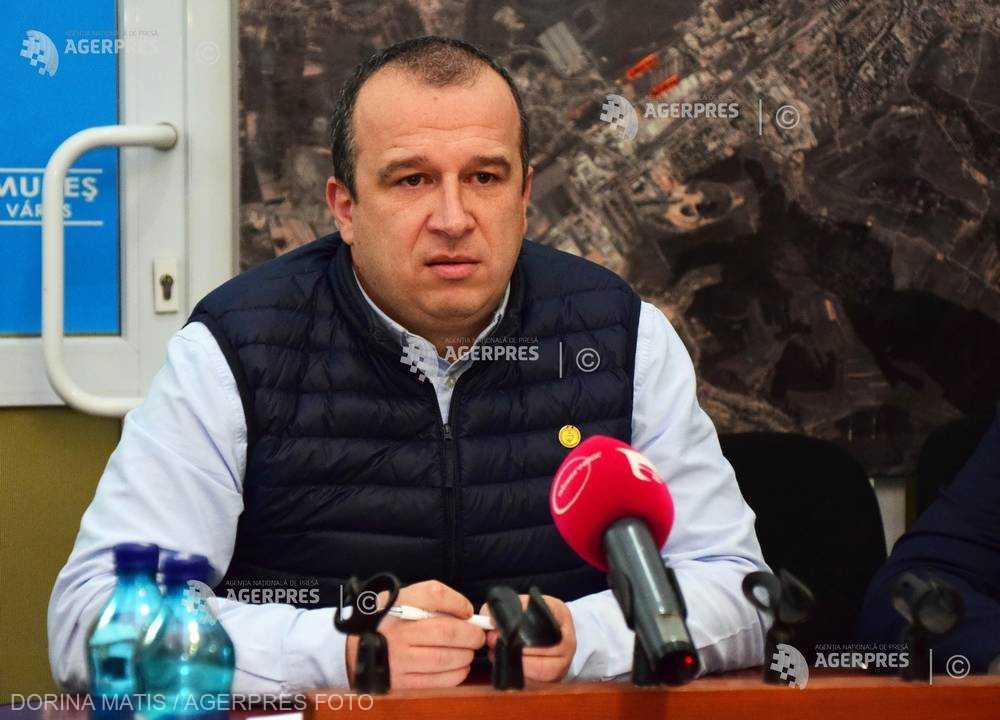 Peste 800.000 lei investiţi în cabinete stomatologice şcolare pentru prevenirea edentaţiei precoce, la Târgu Mureş