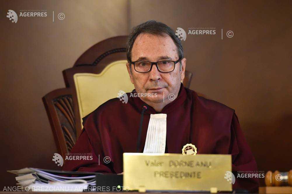 Valer Dorneanu: Drepturile fundamentale nu puteau fi afectate printr-o ordonanţă de urgenţă, era nevoie de lege