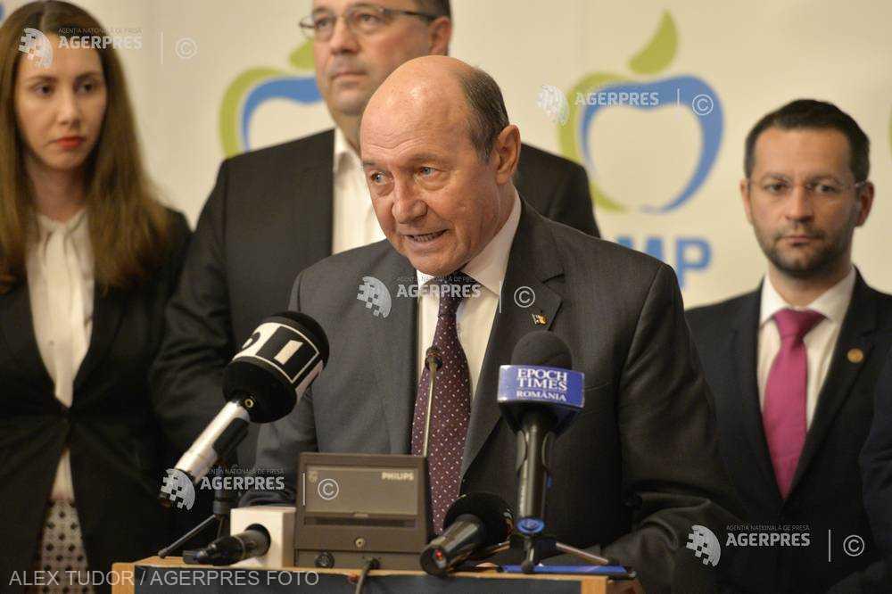 #europarlamentare2019/ Băsescu: Nu m-aş mira ca la Sibiu să se lanseze o nouă idee - crearea armatei europene