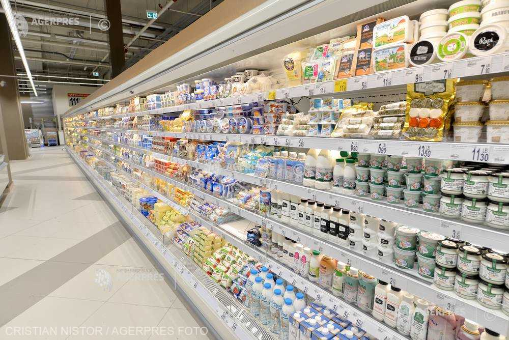 Carrefour retrage de pe piaţă mai multe sortimente de salată de icre şi humus infestate cu bacteria Listeria