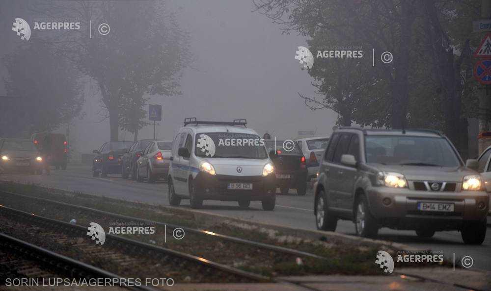 Capitala şi 12 judeţe, sub Cod galben de ceaţă densă până la ora 20:00
