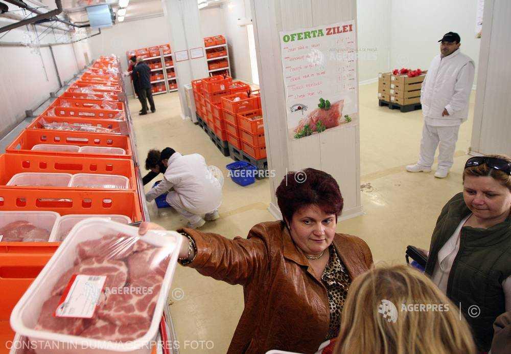 Rusia restricţionează importurile de produse din carne de porc din România