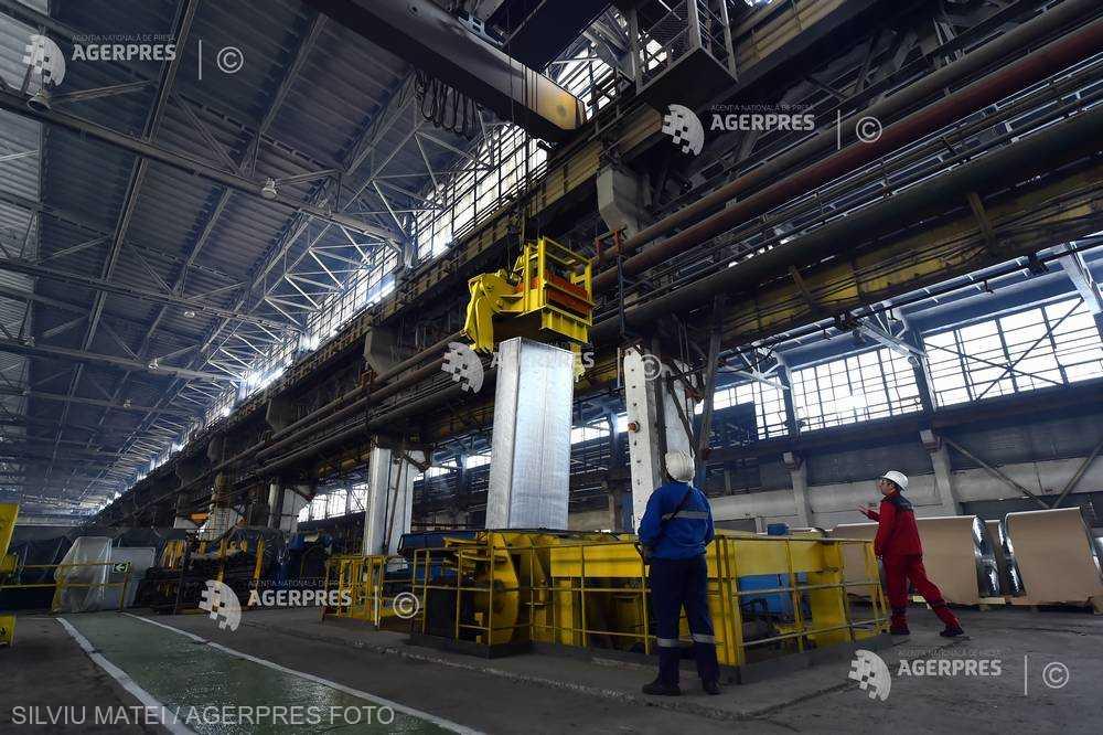 Preţurile producţiei industriale au crescut cu 4,9%, în noiembrie