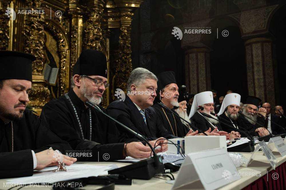 Ucraina: Poroşenko anunţă crearea unei biserici ortodoxe ucrainene independente de Patriarhia Moscovei
