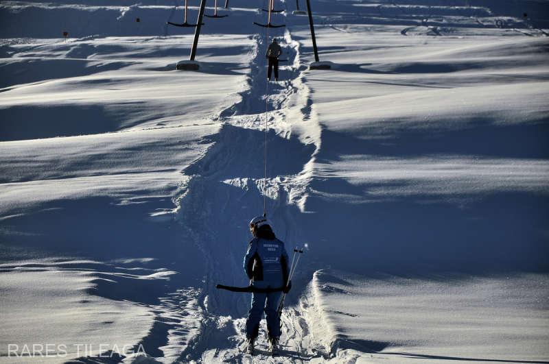 Alba: Condiţii excelente de schi, cu zăpadă abundentă, la Şureanu şi Arieşeni