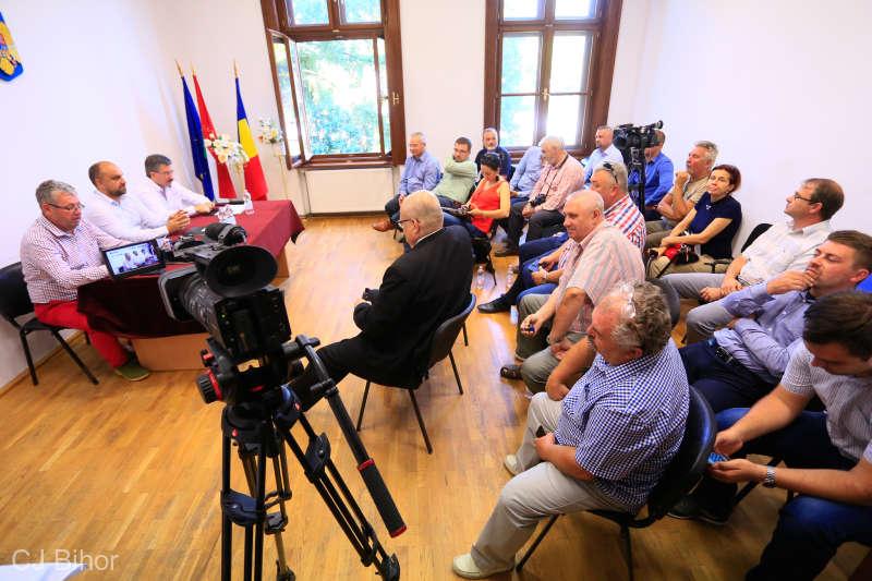 Bihor: Autorităţi române şi ungare cer deschiderea permanentă a punctului de graniţă Săcueni
