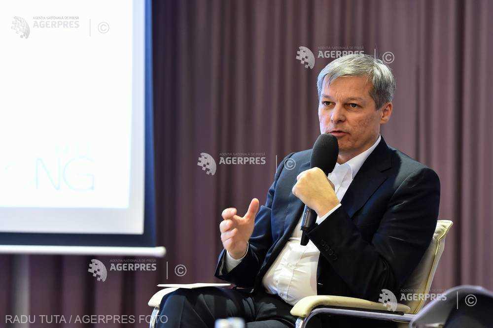 Cioloş: Divizarea, ura, agresivitatea pot aduce voturi pentru PSD, dar ne vor distruge ca popor