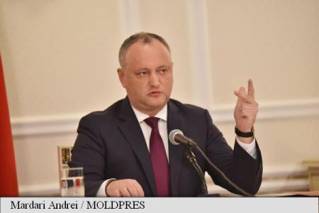 Republica Moldova: Igor Dodon acuză Partidul Democrat pentru faptul că Dmitri Rogozin nu a putut ateriza la Chișinău