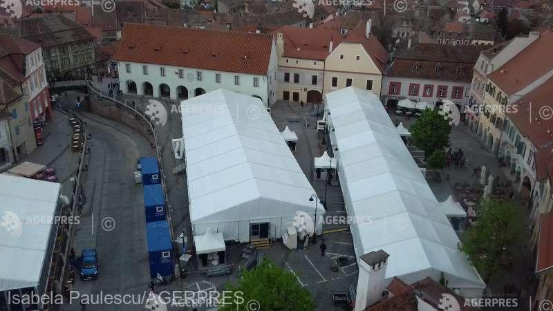Sibiu: Corturi de mari dimensiuni amplasate în centrul istoric al oraşului, pentru Summitul UE