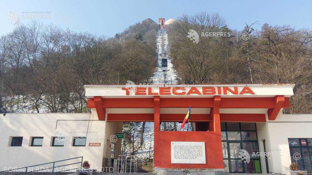 Hunedoara: Telecabina de pe Cetatea Deva este oprită pentru revizia tehnică