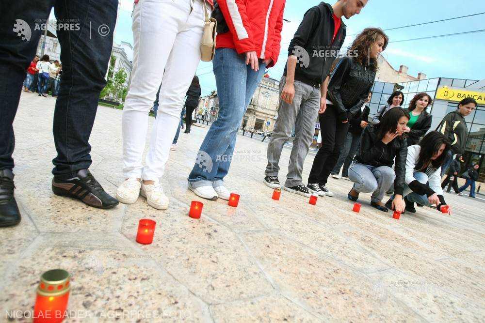 Ziua internaţională a lumânărilor aprinse în memoria victimelor virusului HIV-SIDA