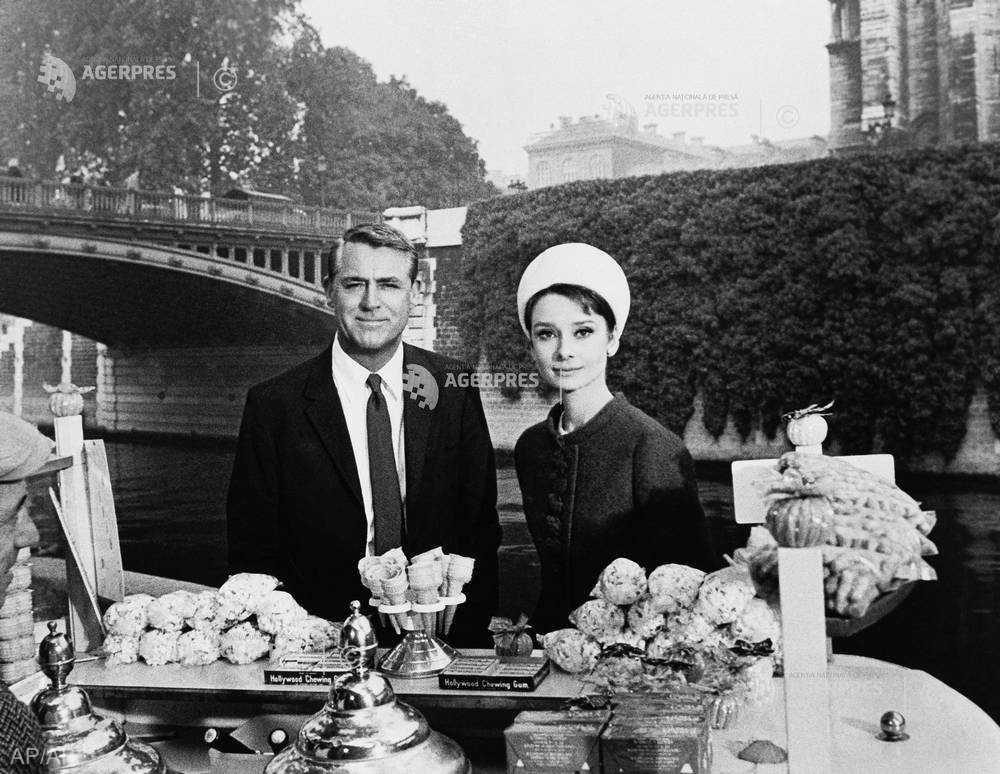 DOCUMENTAR: 90 de ani de la naşterea actriţei Audrey Hepburn