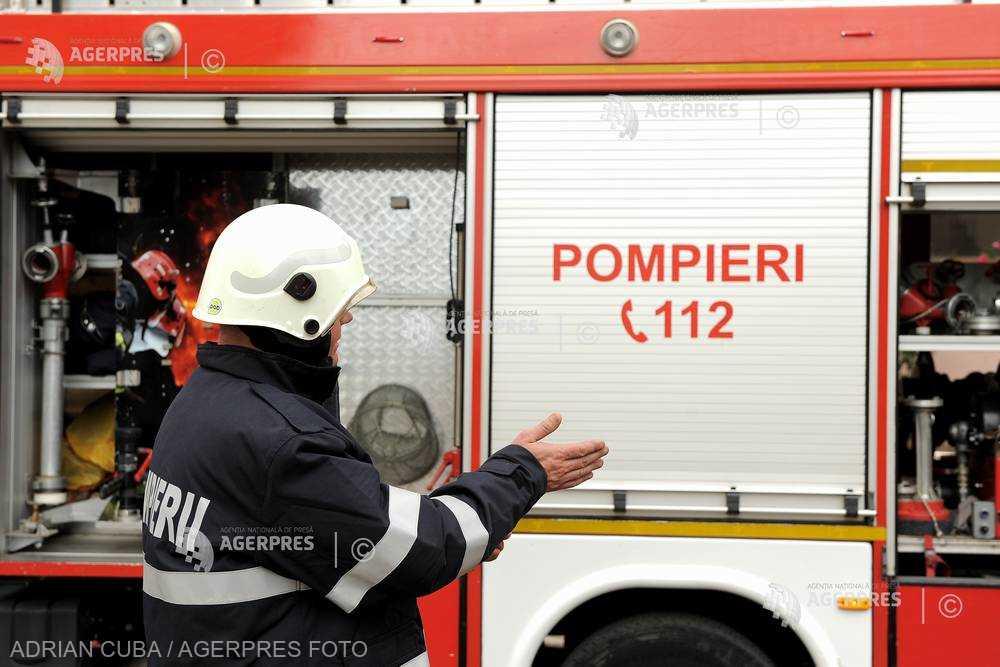 Incendiu la o cabană din Azuga; nici o persoană nu a fost rănită