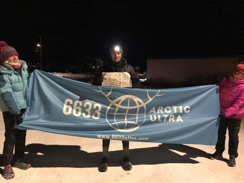 Ultramaratonul de la Polul Nord - cursa de 120 de mile a fost câştigată de un român; Avram Iancu continuă competiţia