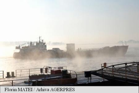 Infotrafic: Porturile Constanța și Midia, închise din cauza ceții dense
