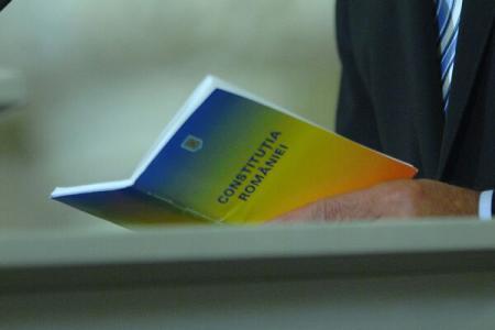 Revizuire a Constituției privind desemnarea premierului