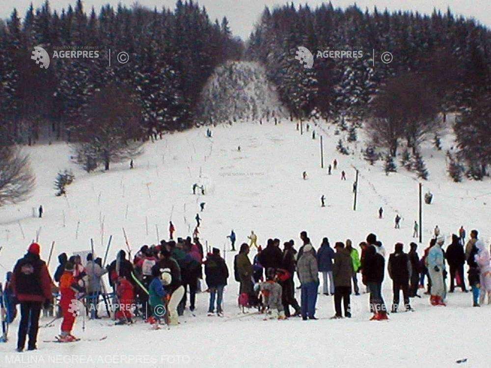 Covasna: Pârtia de schi de la Şugaş Băi a fost redeschisă; stratul de zăpadă măsoară peste 30 de centimetri