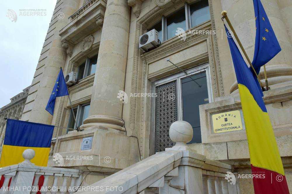 Preşedinţii României au sesizat CCR de 80 de ori în 1992-2018; aproape jumătate dintre sesizări - de la începutul acestui an